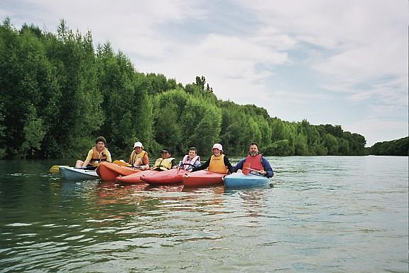 2006-12-03-kayakingraft.jpeg: 1536x1024, 434k (2014 Jul 21 06:32)