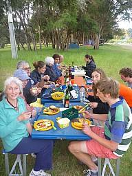2012-12-01 18.25.36 P1040396 Simon - Morison Bush - dinner time.jpeg: 3000x4000, 5643k (2014 Jul 21 06:54)