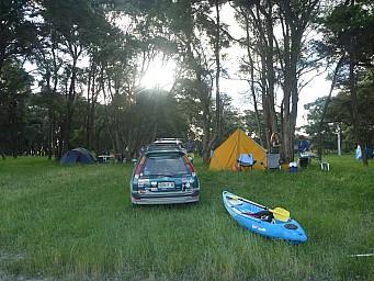 2013-12-07 19.24.40 P1050465 Simon - tents.jpeg: 4000x3000, 6850k (2014 Jul 21 07:09)