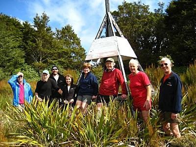 �Enjoying the Sun�. Left to right: Sheelagh Leary, John Rhodes, Bob White, Alina Emen,  Colleen Davey, Dave Bartle, Alan Wright and Nigel Boniface. Photo: Lynne Pomare