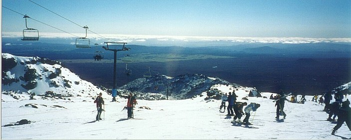 Ski_skifield_big.jpg: 1190x474, 85k (2014 Jul 27 02:48)